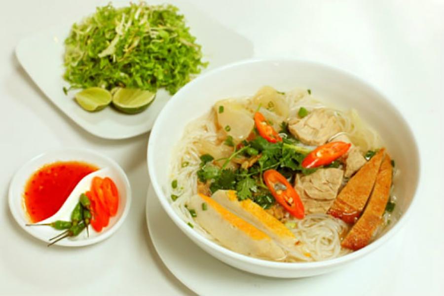 Đặc sản Quy Nhơn - Top 5 quán bánh canh Quy Nhơn không thể bỏ qua